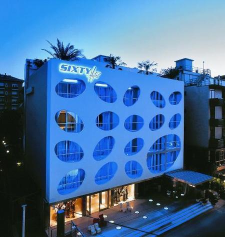 Отель-магазин синдивидуальной отделкой каждого номера. Изображение № 1.