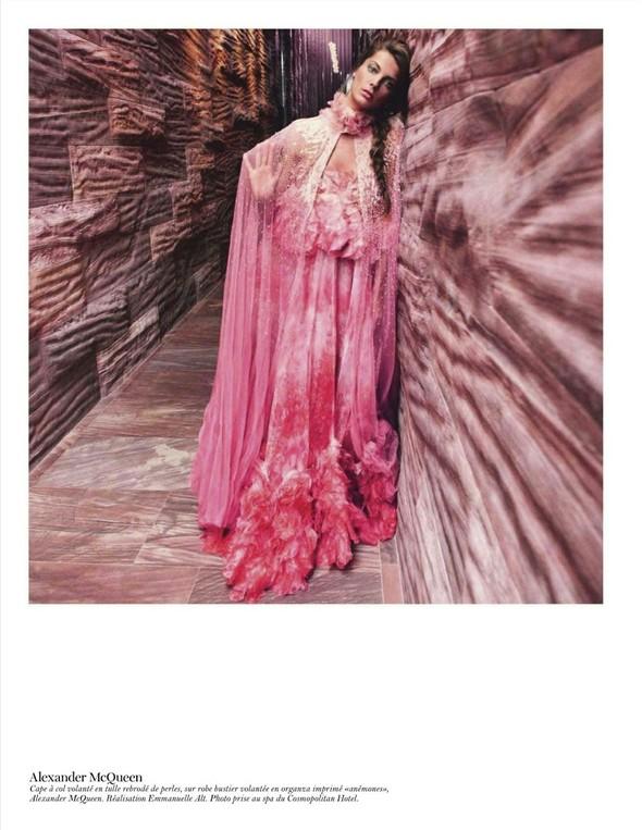 Съёмка: Дарья Вербова для французского Vogue. Изображение № 31.