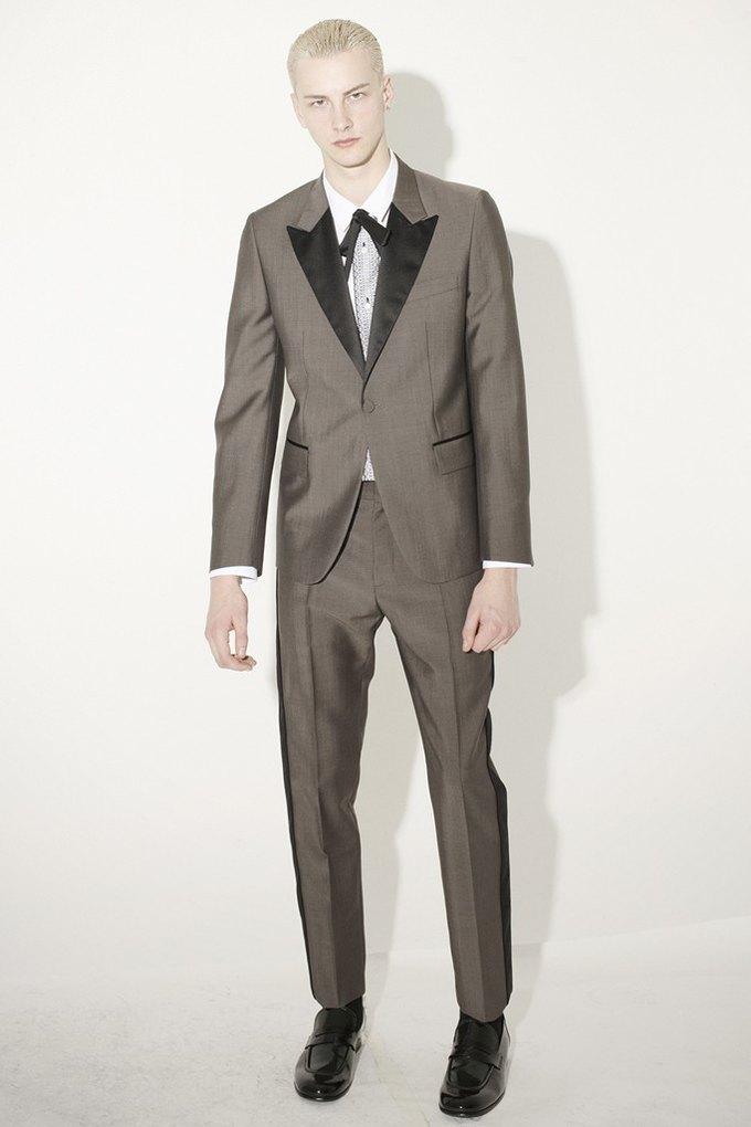 Marni и Marc Jacobs выпустили новые лукбуки. Изображение № 56.