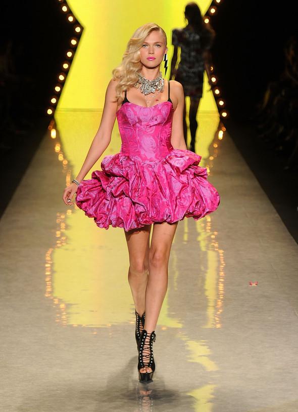 New York Fashion Week: Betsey Johnson Spring 2012. Изображение № 73.