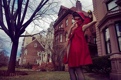 Необычные фэшн-фотографии Тома Хайнса. Изображение № 8.