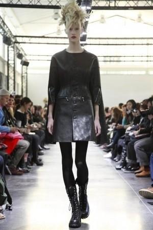 Изображение 4. Показы на Paris Fashion Week FW 2011: день 5.. Изображение № 1.