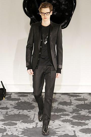 Неделя моды в Париже: мужские показы. Изображение № 32.
