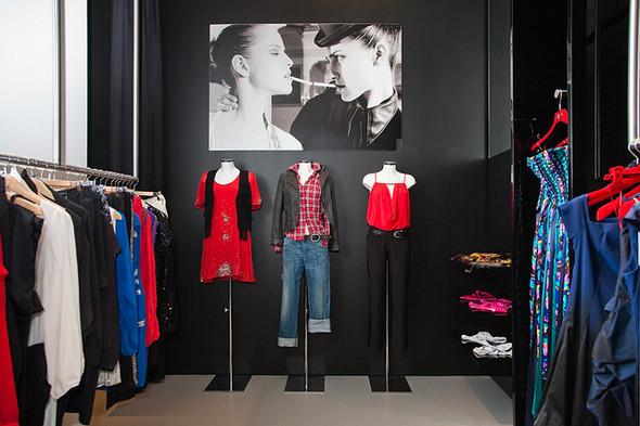 ВМоскве открылся Французский fashion showroom «ATYPIK». Изображение № 1.