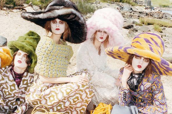 Кампании: Marc Jacobs, Dolce & Gabbana и другие. Изображение № 26.