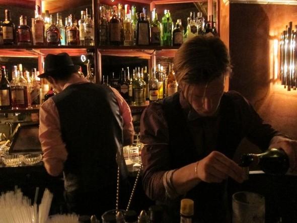 Коктейльная мода, или где выпить в Париже. Изображение № 2.