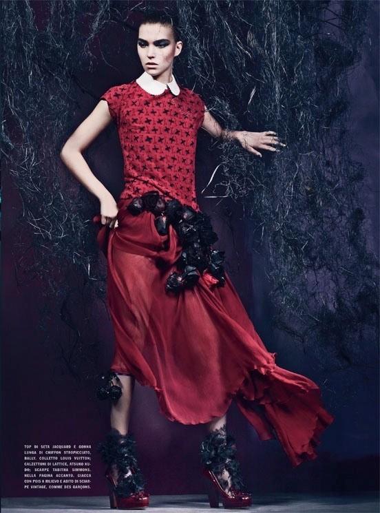 Съемка: Аризона Мьюз и Руби Олдридж для Vogue Италия. Изображение № 9.