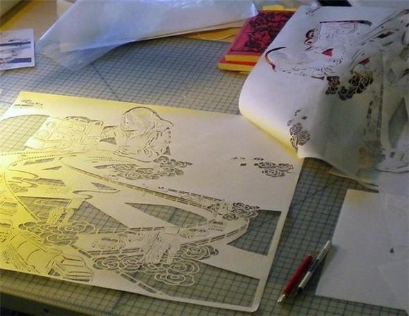 Картины из листа бумаги. Изображение № 2.