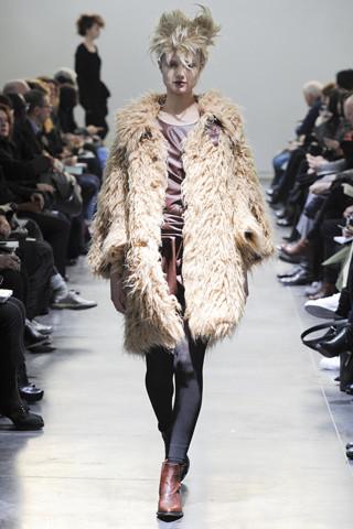 Junya Watanabe Comme des Garçons Fall 2011. Изображение № 54.