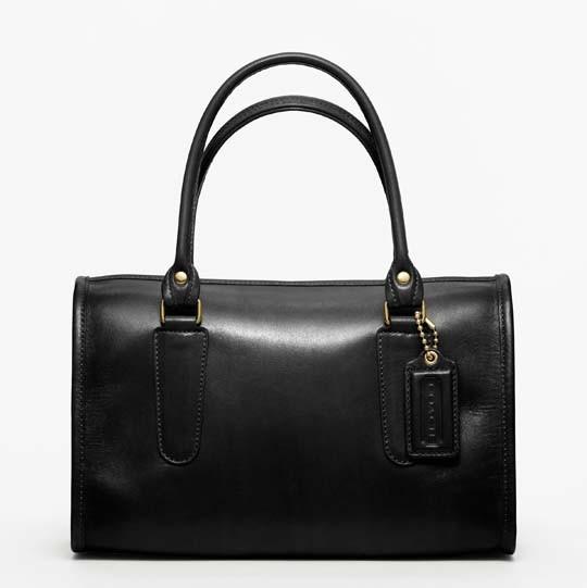 Лукбук: сумки Coach Classics. Изображение № 5.
