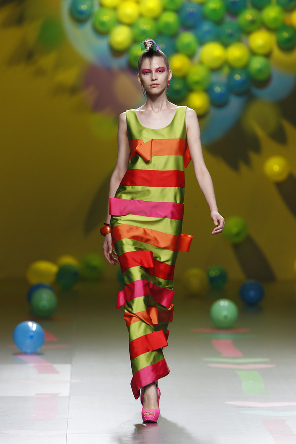 Madrid Fashion Week SS 2012: Agatha Ruiz de la Prada. Изображение № 26.