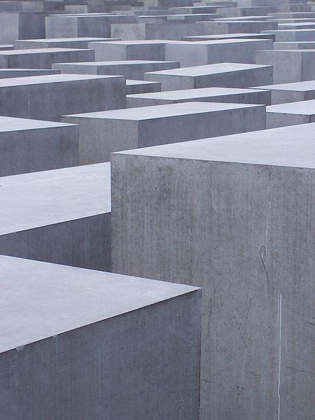 Живое кладбище. Изображение № 5.