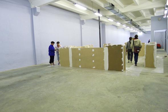 Личный опыт: Как я участвовал в 4-й Московской биеннале. Изображение №33.