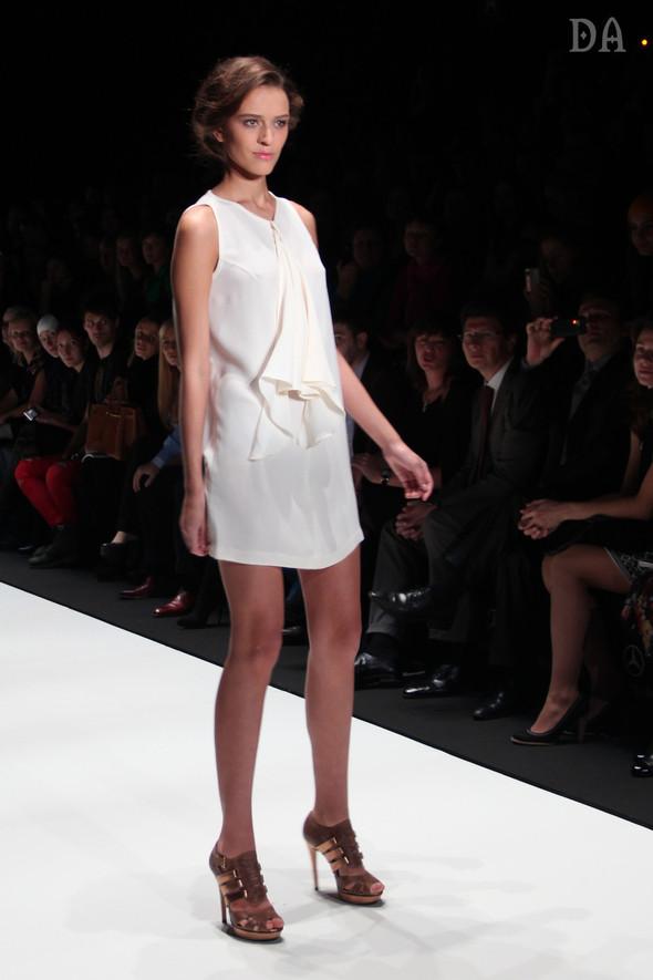 Mersedes-benz fashion week Russia, день первый. Показ Лены Карнауховой. Изображение № 4.