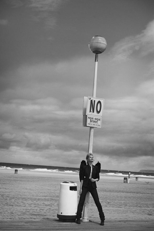 Съёмка: Дафне Гренвельд и Паскаль Греггори в объективе Питера Линдберга. Изображение № 9.
