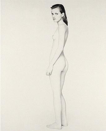 Части тела: Обнаженные женщины на фотографиях 1990-2000-х годов. Изображение №128.