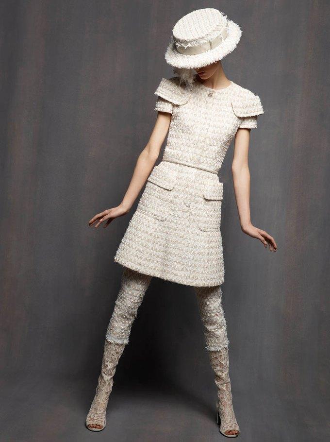 Chanel, Trends Brands и Urban Outfitters показали новые лукбуки. Изображение № 2.