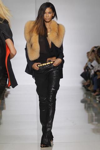 Epic fails: Увольнение Гальяно, коллекция Уэста и другие модные провалы 2011 года. Изображение № 4.