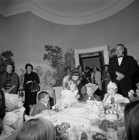 Архивные фотографии семьи Джона Кеннеди. Изображение № 6.