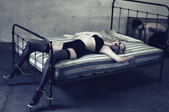 Модель Lara Ston. Изображение № 3.
