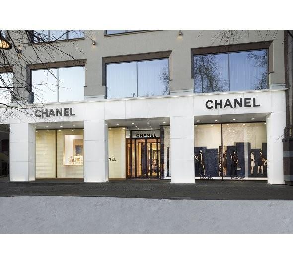 Новые магазины: Louis Vuitton в Риме, Chanel в Москве и Celine в Нью-Йорке. Изображение № 19.
