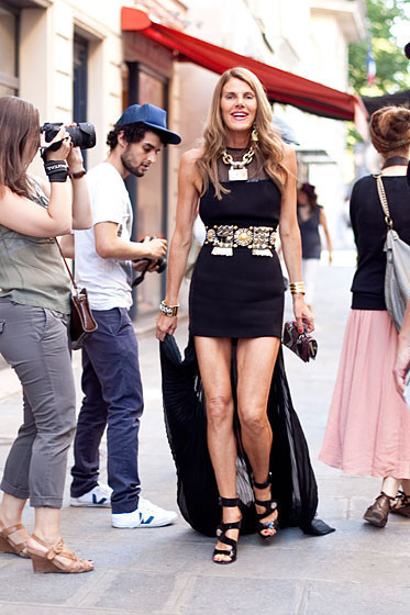 Уличный стиль на Неделе высокой моды в Париже. Изображение № 45.