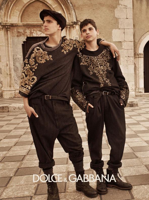 Кампании: Balenciaga, Celine, Dolce & Gabbana и другие. Изображение № 24.