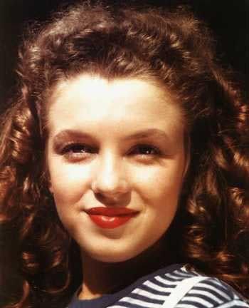 Изображение 5. Marilyn Monroe, pin-up girl.. Изображение № 10.
