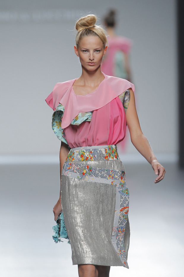 Madrid Fashion Week SS 2013: VICTORIO & LUCCHINO. Изображение № 12.
