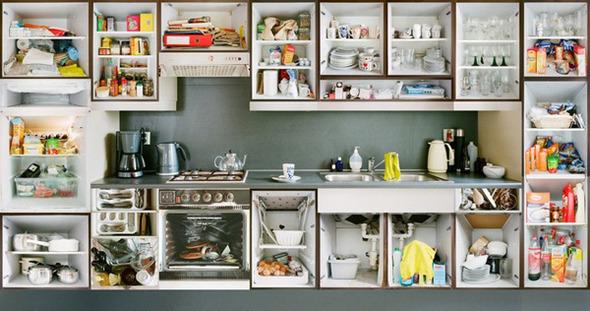 Кухонный вопрос: Гарнитуры и кухни в съемках Эрика Кляйна. Изображение № 10.