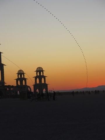 Burning Man 2011. Пыль и шарики. Изображение № 8.