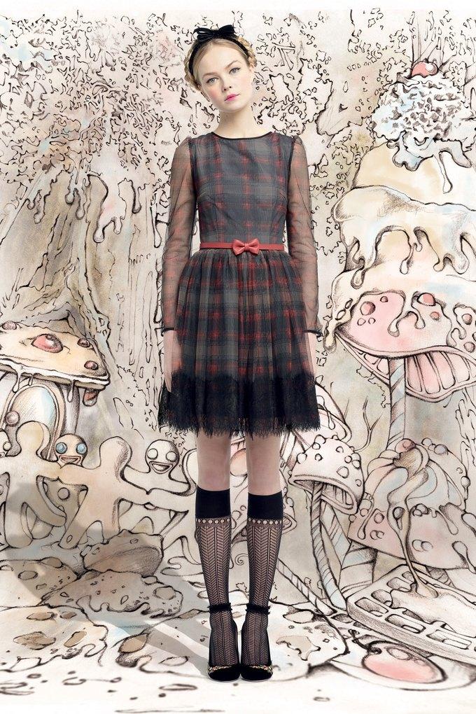 H&M, Sonia Rykiel и Valentino показали новые коллекции. Изображение № 90.