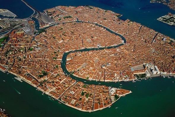 Венеция с высоты. Изображение № 45.