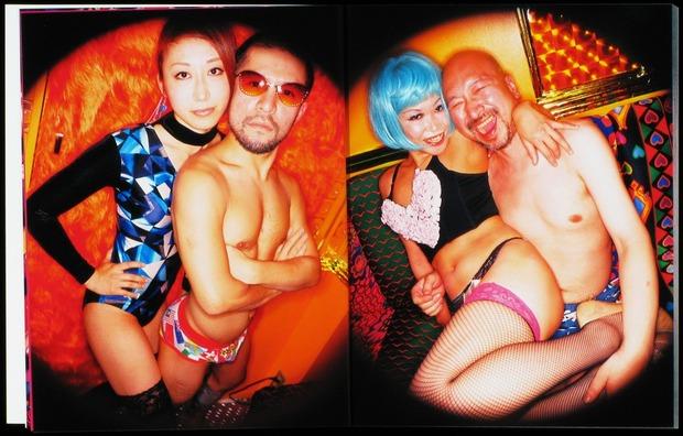 Клубная мания: 10 фотоальбомов о безумной ночной жизни . Изображение № 70.