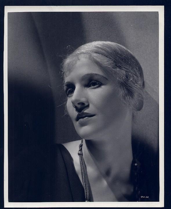Cecil Beaton. Изображение № 108.