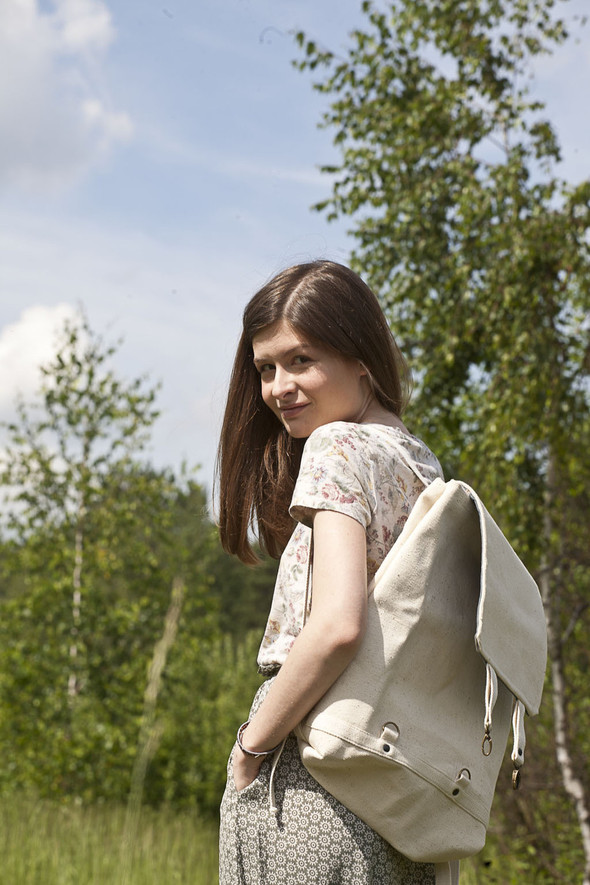 БЕЛОЕ — рюкзаки и сумки из грубого белого хлопка. Изображение № 21.