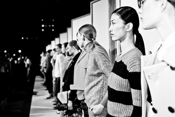 Неделя моды в Нью-Йорке: Репортаж. Изображение №60.