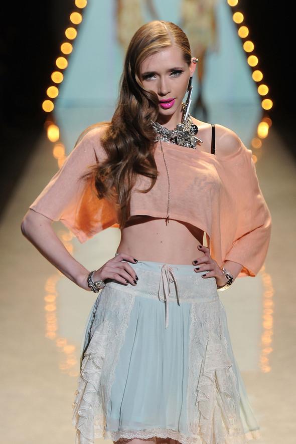 New York Fashion Week: Betsey Johnson Spring 2012. Изображение № 16.
