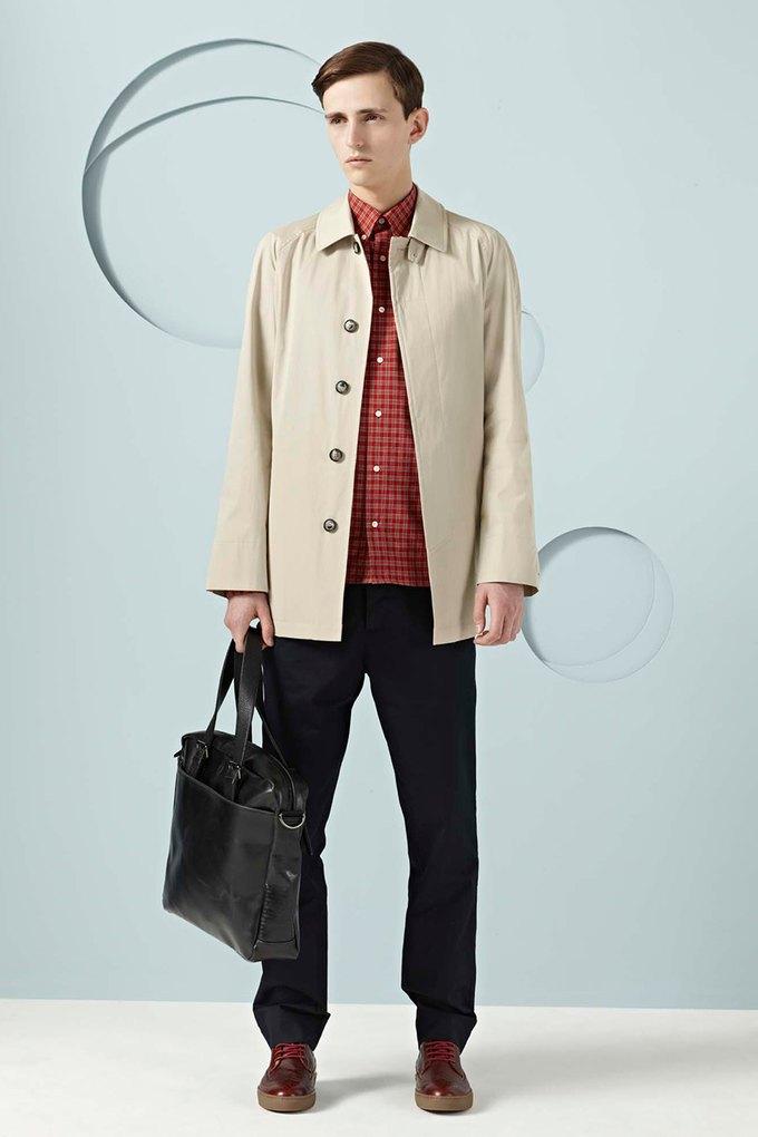 Вышли новые лукбуки Burberry, Fred Perry и Louis Vuitton. Изображение № 40.