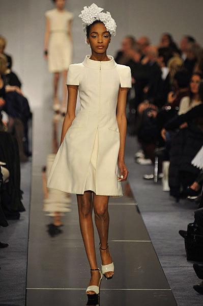 Chanel Spring 2009 Haute Couture. Изображение № 28.