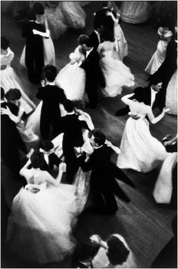 Работы французского фотографа Henri Cartier-Bresson. Изображение № 2.