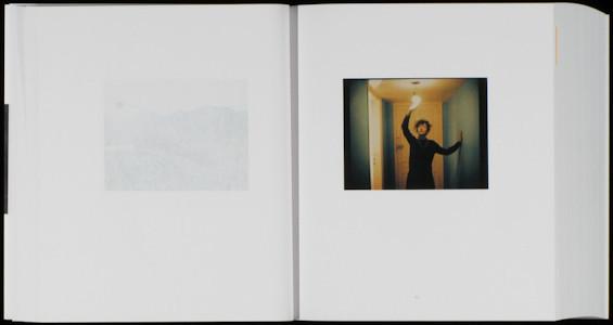 20 фотоальбомов со снимками «Полароид». Изображение №197.