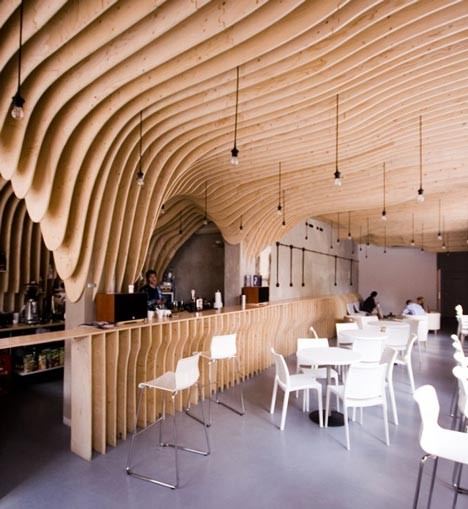 Под стойку: 15 лучших интерьеров баров в 2011 году. Изображение № 36.