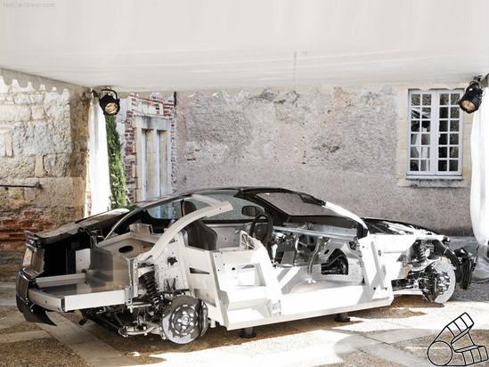 Вскрытие спортсмена-джентельмена. Aston Martin изнутри. Изображение № 2.