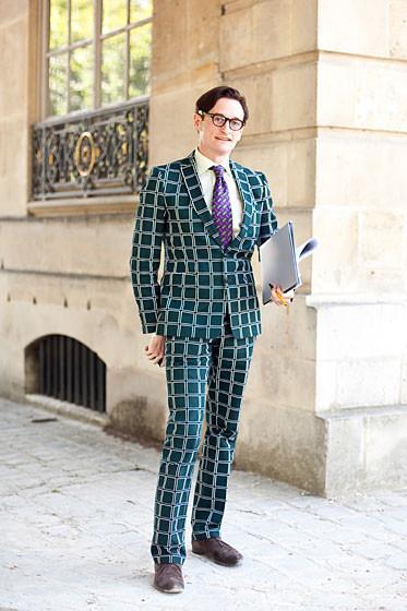 Уличный стиль на Неделе высокой моды в Париже. Изображение № 35.