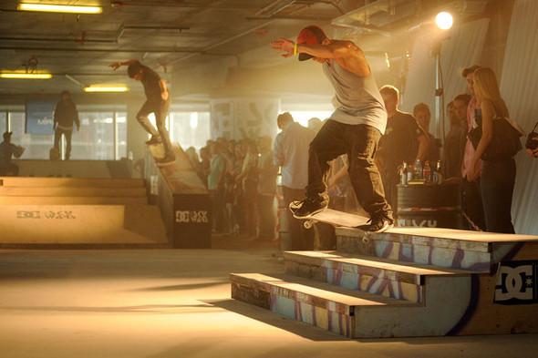 DC SKYWARS: революционные днивистории скейтбординга!. Изображение № 8.