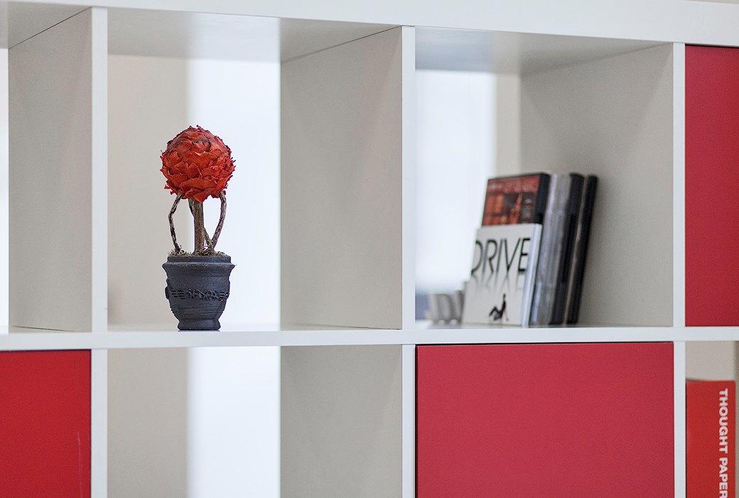 Лестница в никуда и хаски в московском офисе BBDO. Изображение № 25.