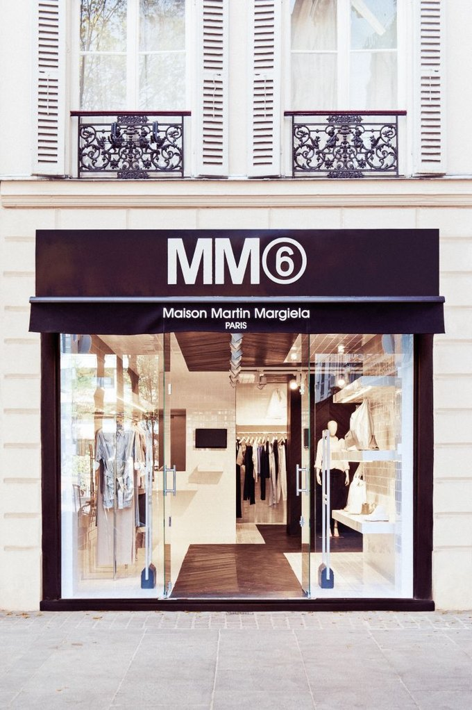 Loewe, Louis Vuitton и MM6 открыли новые магазины. Изображение № 14.