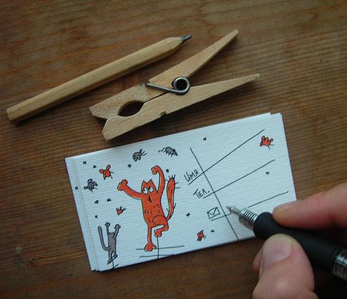 Визитки с рисунками: осталось только вписать свои контакты. Изображение № 6.