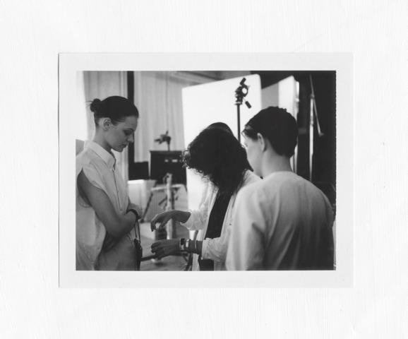 Бекстейдж съемок лукбука  MMM x H&M, предоставленный эксклюзивно для  LookAtMe. Изображение № 25.